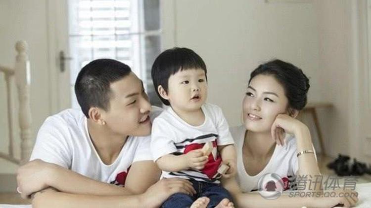 王大雷发文为女儿庆生 球衣号码展现柔情