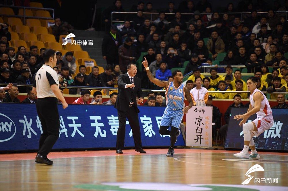 吴庆龙赛后直言满意球队表现 输山东阿的江点出败因