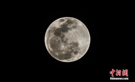 """香港21日可观赏""""超级满月""""未来2个月也有机会看到"""