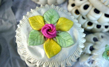 造型生动目不暇接 想不想尝一口聊城花糕?