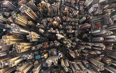 视觉冲击!外媒摄影师航拍香港摩天大楼群