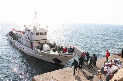 三个海洋环境监测员的别样春节:独守千里岩孤岛(图)