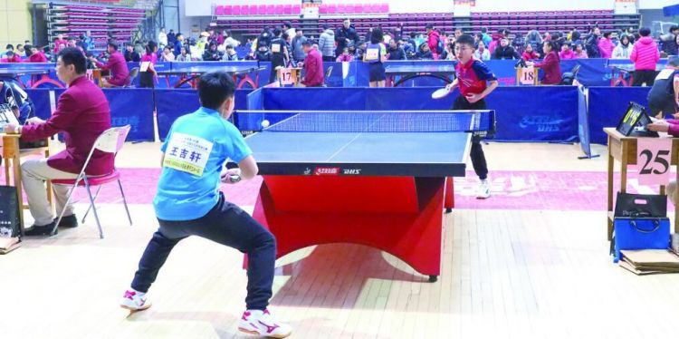 全国少儿乒乓球比赛在德州举行 选手王吉轩夺冠
