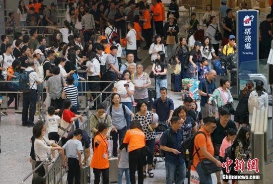 香港高铁西九龙站及港珠澳大桥出入境人次均创新高