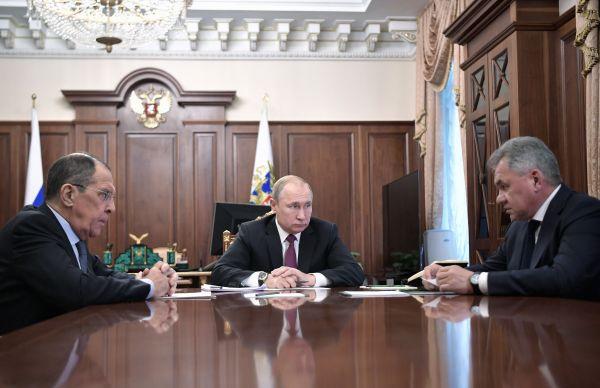 """外媒:俄研发新型导弹反制美国""""毁约"""" 但不会重蹈苏联覆辙"""