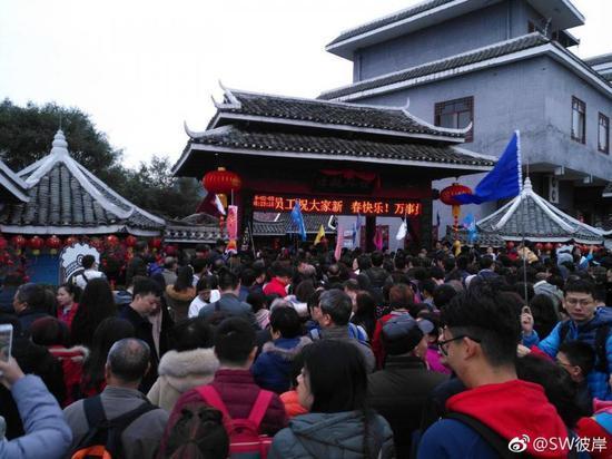 阳朔迎春节旅游高峰 部分景区人数达上限暂停售票