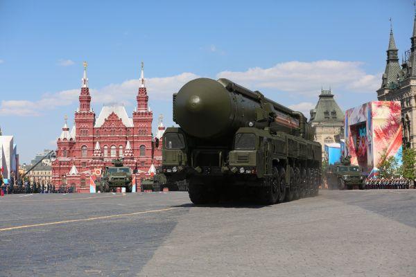 针锋相对?俄美同日试射洲际弹道导弹