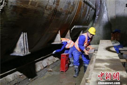 地铁建设人的新春坚守:连续十年春节不停工
