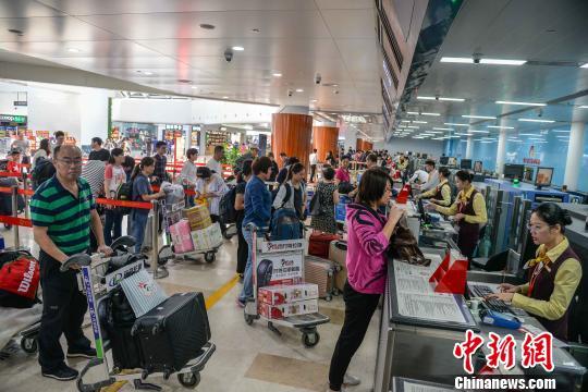 银川海关春节期间查获10批次禁止入境携带物
