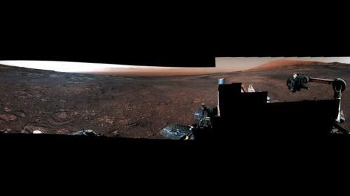"""火星长这样?""""好奇""""号火星车拍摄火星全景"""