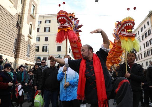 歌舞迎新春——中意民众共庆中国农历猪年
