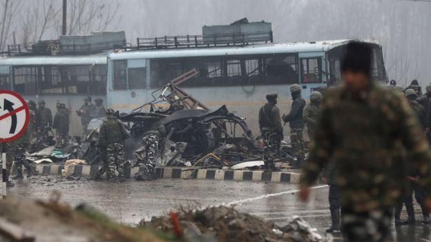 印准军事警察部队在克什米尔遭炸