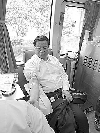 领导带头!济南市直机关工作人员献血14600毫升