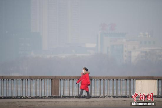 中国北方38个城市启动空气重污染预警