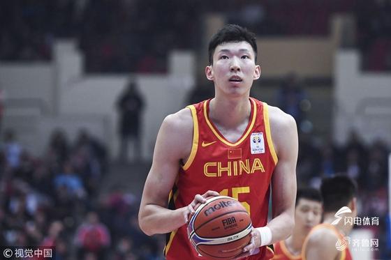 周琦19+10赵睿20分 中国男篮客场62-86不敌约旦