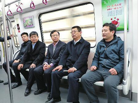 """""""影响济南""""年度经济人物走进济南轨道交通集团"""