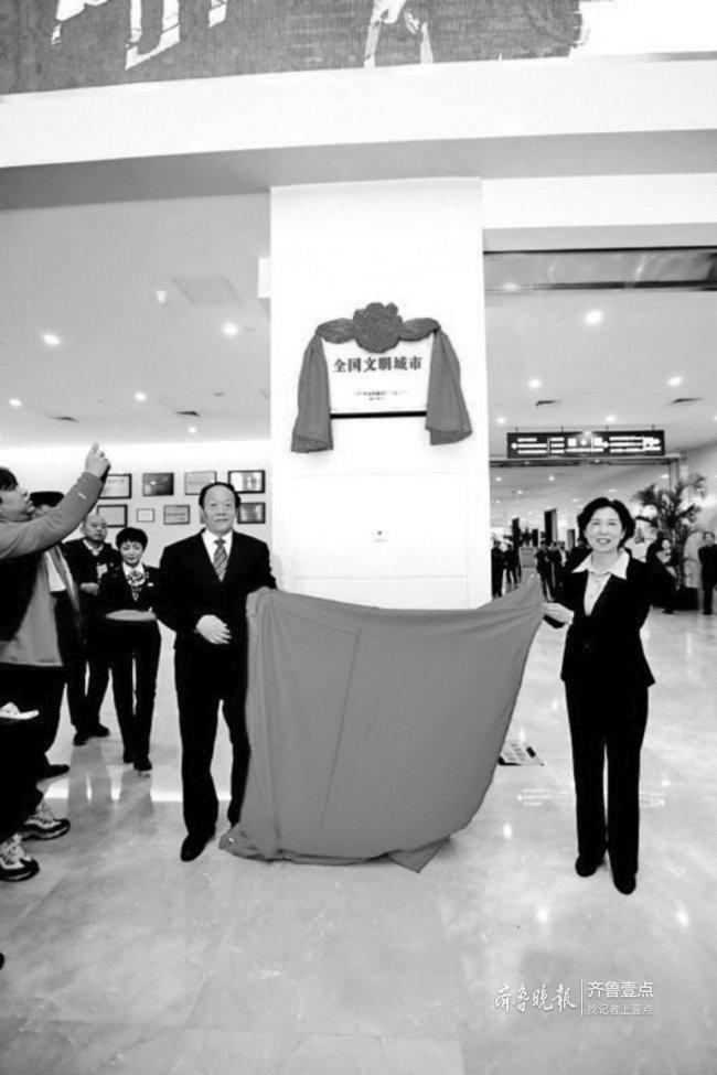 济南市民巡访团团长辛安:争做文明行为先行者实践者