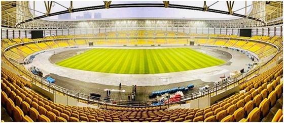 荷兰混合草坪完美首秀中超足球赛场