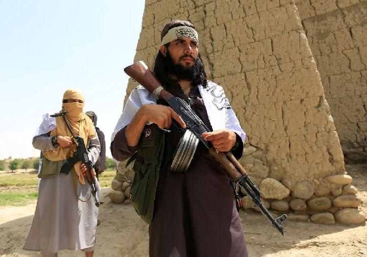 阿富汗塔利班边谈边打
