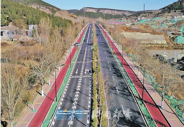 """济南二环南路""""怪坡""""变身济南最长可变车道"""