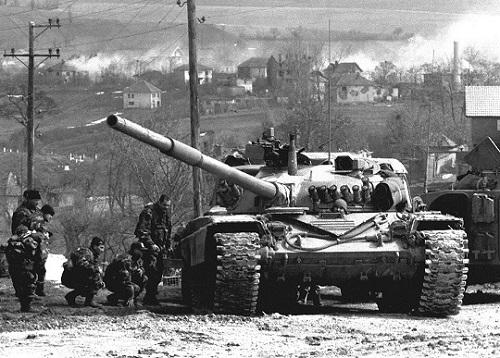 南联盟遭轰炸20周年前夕 俄议会批北约仍一错再错