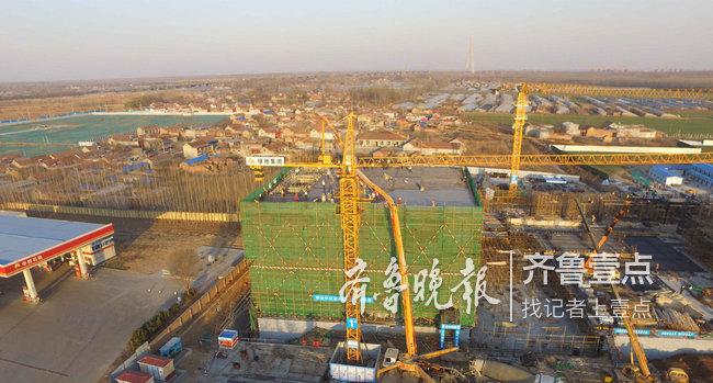 仅用时41天!济南先行区首栋封顶建筑诞生