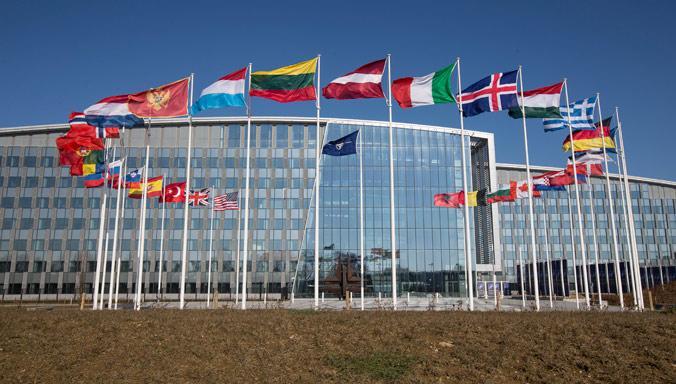 北约呼吁俄罗斯返还克里米亚 俄政府强硬回应