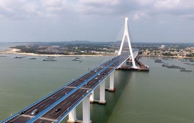 海口:我国首座跨断裂带大桥海文大桥(铺前大桥)建成通车