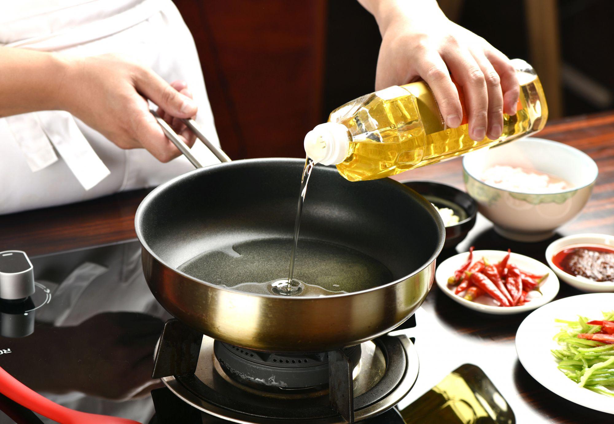 食用油:一油到底,伤味又伤身