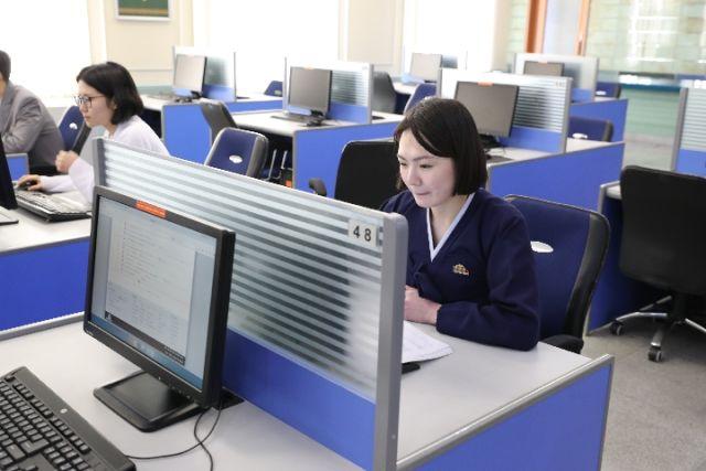 探访朝鲜最高学府金日成综合大学