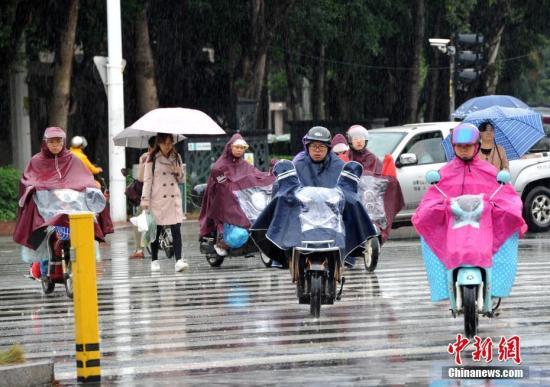 冷空气继续影响华南 广东广西等地有雷暴大风或冰雹