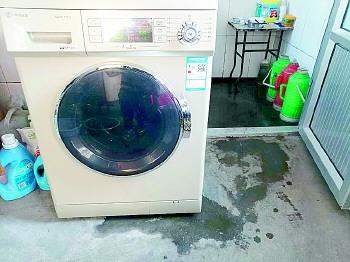 小鸭洗衣机修了十多次还是漏水?厂家:洗衣粉放多了