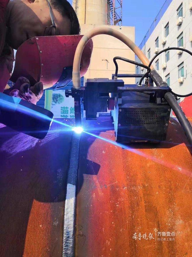 济南热力尝试新技术,供热管道焊接时间缩短8小时