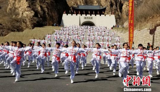 京津冀鲁游客聚河北野三坡开山节 享自然与历史融合之美