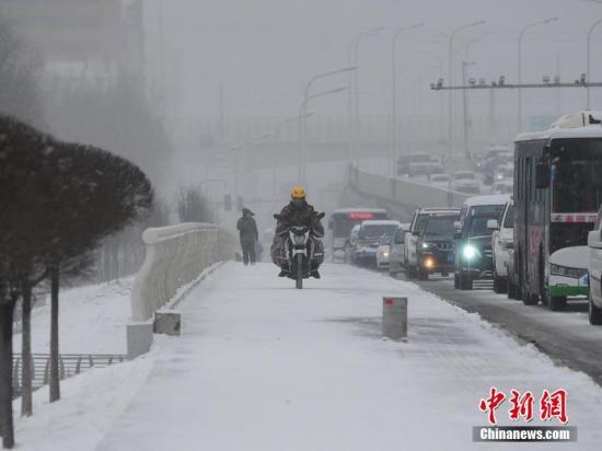 """经历""""贫雪""""之冬后 农业大省吉林面临春旱威胁"""