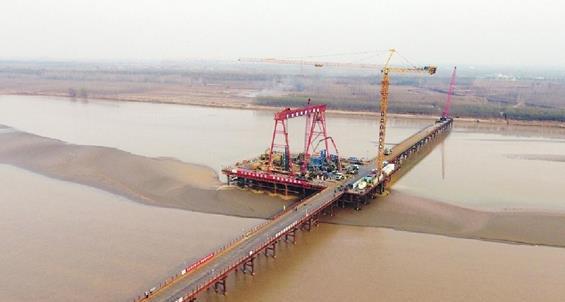 跨黄再进一步!济南凤凰路黄河大桥水中主墩桩基完工