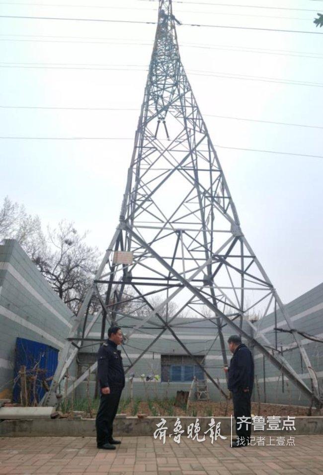 用生命种菜!济南一高压电塔下,竟被居民开辟成菜园