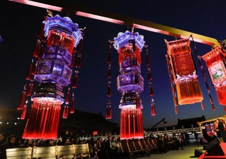 故宫首次举行公益拍卖 天灯万寿灯等共筹2005万元