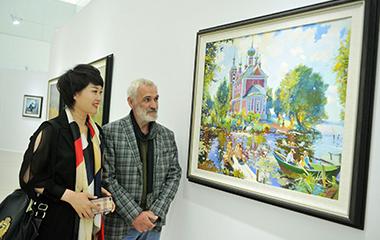 """""""中國情山東行""""青島俄羅斯繪畫藝術展舉行"""