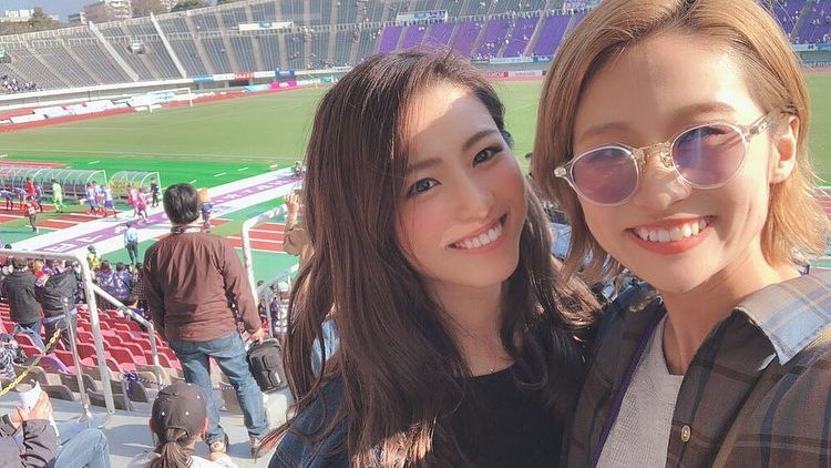击败恒大,广岛女球迷疯狂晒自拍