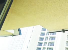 华润橡树湾造型台子遮挡阳光 业主多次找开发商交涉未果