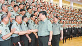 习近平:全面提高办学育人水平 为强军事业提供有力人才支持