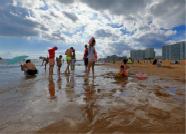 领你看海阳 | 夏天正确的打开方式!消暑,就来海阳万米金沙滩!
