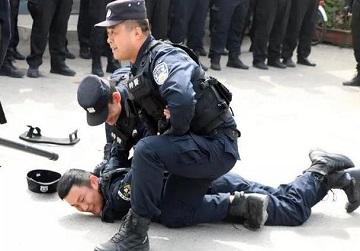 快来围观,枣庄警察蜀黍的警务实战训练!