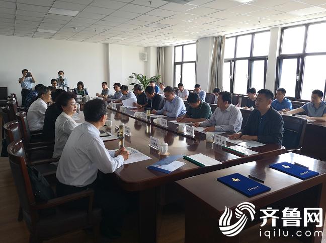 济宁高新区与青岛科技大学签订产学研合作协议