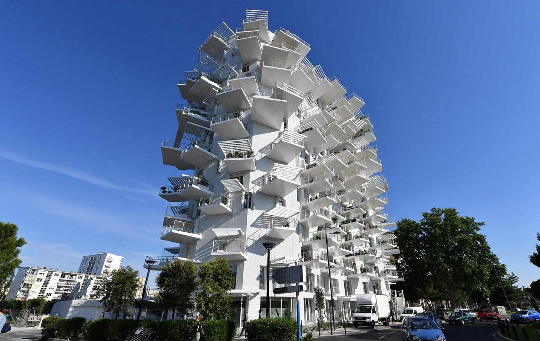 日法建筑师联合设计不规则住宅 外观清奇独特