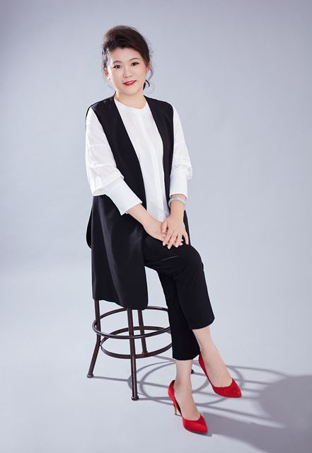 刘霜 (2)