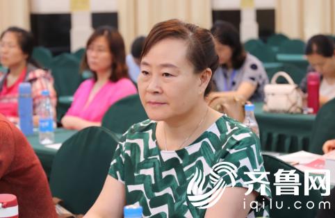 济南嘉乐生殖医院武玉兰主任参加会议中