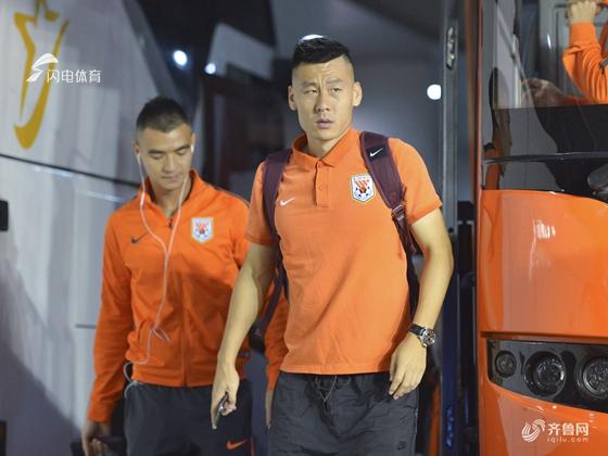 淄博官宣三名球员加盟 鲁能中场李微在列