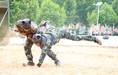 现实版士兵突击:武警山东总队锤炼官兵实战能力